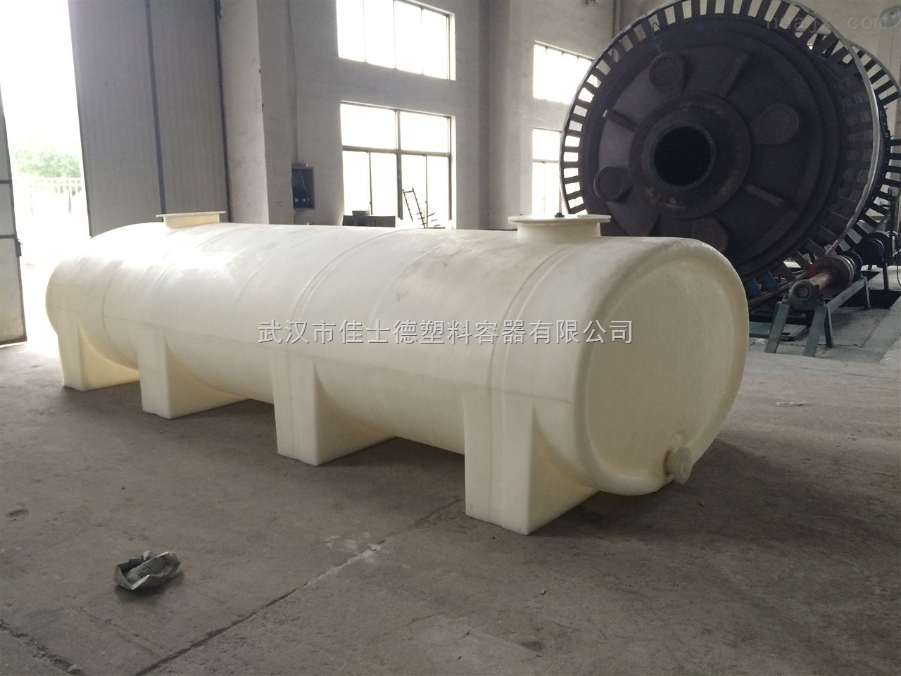 武汉市10吨卧式水箱厂家
